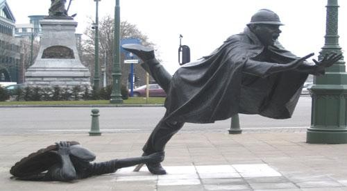 statue_tripping.jpg