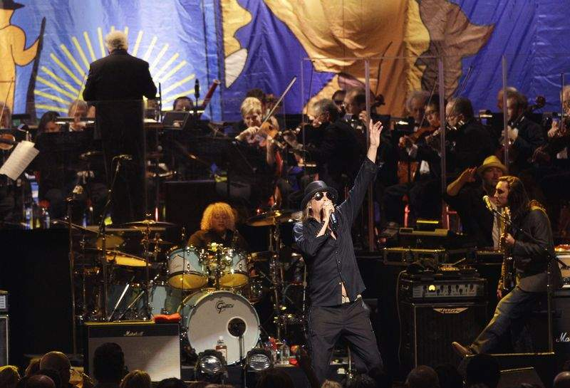 Kid Rock performs with the Detroit Symphony Orchestra. The Sold-Out show raised over a million dollars for the DSO.  Or maybe some of those funds are going to relocate the Kid Rock Badass Beer?