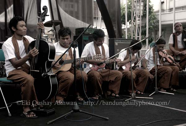 Keronchong ensemble of Indonesia.