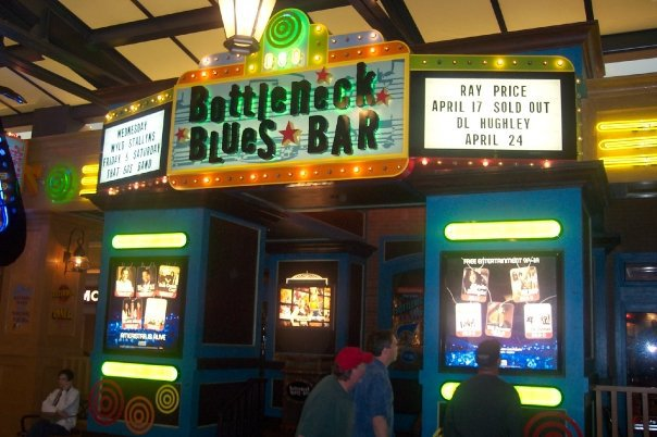 The Bottleneck Blues Bar at an Ameristar Casino in St. Charles, MO. Photo by Jon Silpayamanant before a couple of gigs he played there.
